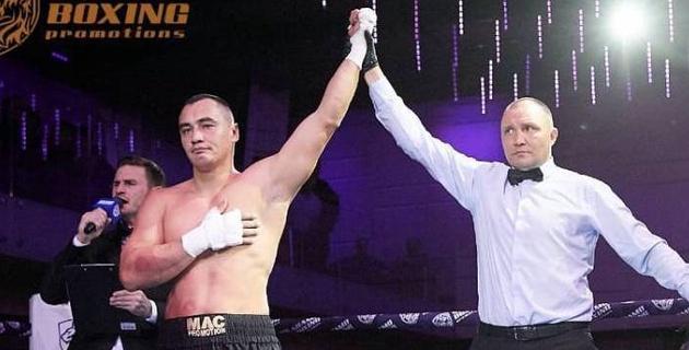 Реванш за титул? Казахстанский супертяжеловес с 12 нокаутами может провести бой в июле