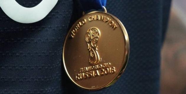 Футболист сборной Франции продал золотую медаль ЧМ-2018