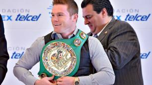 """Президент WBC назвал боксера, который мог закончить карьеру """"Канело"""""""