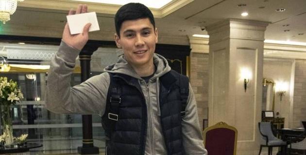 Исламхан вернулся в Казахстан