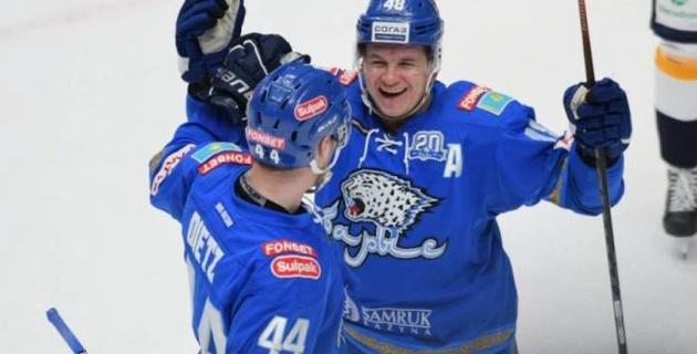 """Больше 30 результативных атак. Самые полезные хоккеисты """"Барыса"""" в КХЛ"""