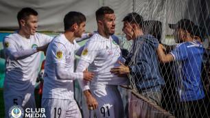 Футболист сборной Казахстана опубликовал неоднозначное фото в Instagram