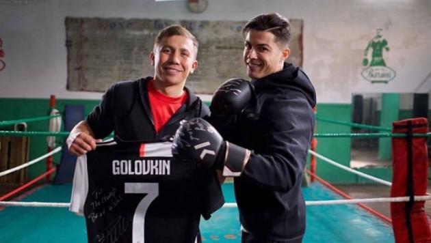 Головкин снова разгромил соперника и будет биться с Ломаченко за выход в финал фэнтези-турнира