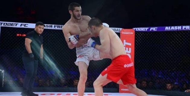 Менеджер Жумагулова оценил шансы организовать реванш с бойцом из команды Хабиба в UFC