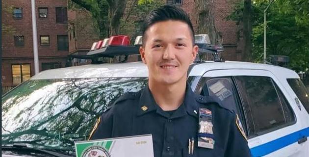 Казахский боксер-полицейский из Нью-Йорка высказался о беспорядках в США