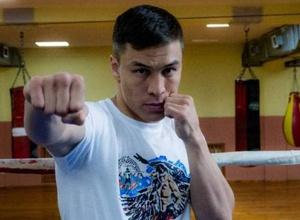 Джукембаев нашел место для казахстанца в рейтинге лучших боксеров вне зависимости от веса