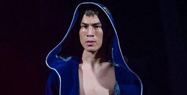 """Казахстанский боксер c 14 нокаутами рассказал о предложении от промоутеров """"Канело"""""""