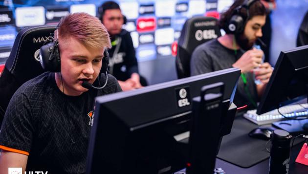 Дуэль с пятой командой мира. Как казахстанские киберспортсмены выступают на турнире по CS:GO