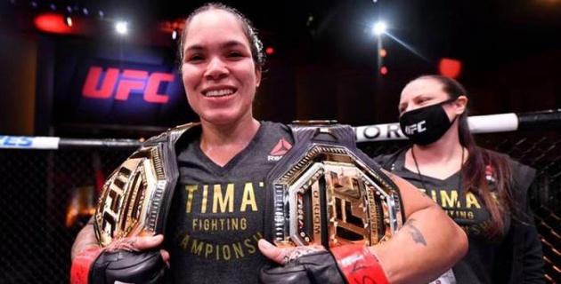 Я даже не устала - лучшая в истории UFC девушка-боец о сокрушительной победе