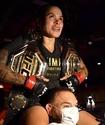 На чемпионку UFC поставили миллион долларов