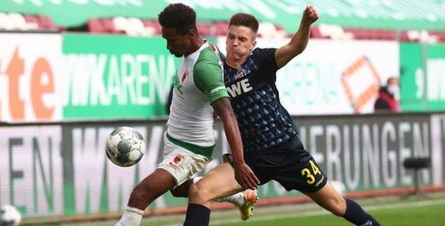 Клубы немецкой бундеслиги выдали матч с незабитым пенальти и двумя голами за две минуты в концовке