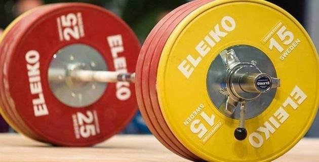 В Федерации тяжелой атлетики объяснили заявление лидеров сборной Казахстана о невыплате зарплат