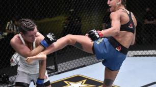 Видео полного боя, или как первая казахстанка в истории UFC одержала победу в дебюте