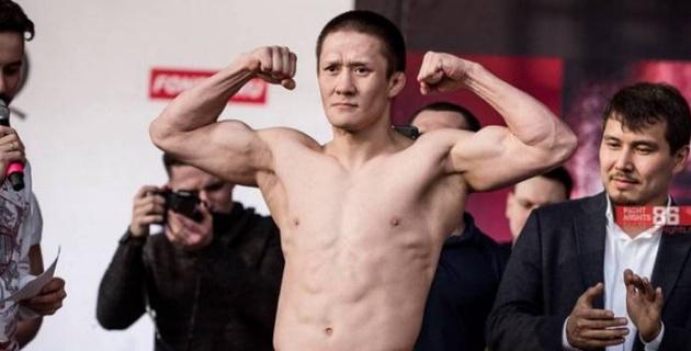 Стал известен полный кард турнира UFC 251 с дебютным боем казахстанца Жумагулова