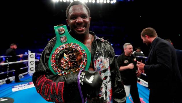 Боксер подал в суд на WBC