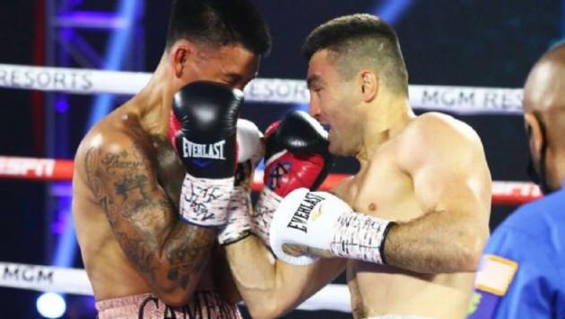 """""""Поразил жесткой двухкулачной атакой"""". ESPN восхитился победой казахстанского боксера в Лас-Вегасе"""
