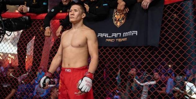 Жалгас Жумагулов рассказал, когда в UFC появится чемпион из Казахстана