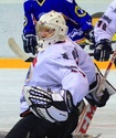 Призер чемпионата Казахстана подписал контракт с клубом КХЛ