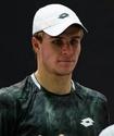 Казахстанский теннисист выиграл три матча за день в США