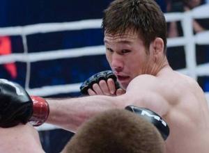 """""""Не могу сильно бить"""". Казахстанский боец Рахмонов рассказал о причинах срыва дебюта в UFC"""