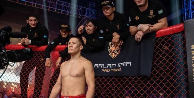 Казахстанец Жумагулов показал, где проводит карантин перед дебютом в UFC