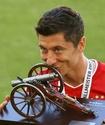 Обошел Месси и Роналду. Назван лучший футболист Европы после возобновления чемпионатов