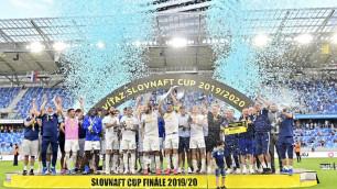 Футболист из Казахстана завоевал второй трофей за сезон в Европе