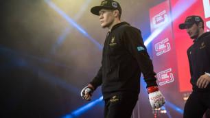 Жалгас Жумагулов получил форму от UFC перед дебютом