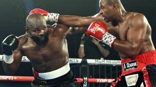 Экс-претендент на три титула чемпиона мира выиграл главный бой вечера бокса в Лас-Вегасе