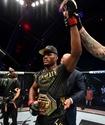 Чемпион UFC Камару Усман победил Хорхе Масвидаля и выиграл 12-й бой подряд