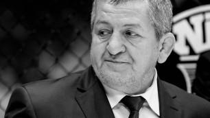 UFC почтил память отца Хабиба на турнире на Бойцовском острове с участием Жумагулова