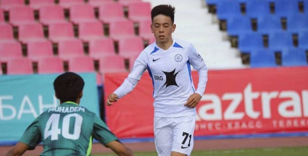 Казахстанский футболист перешел в сербский клуб