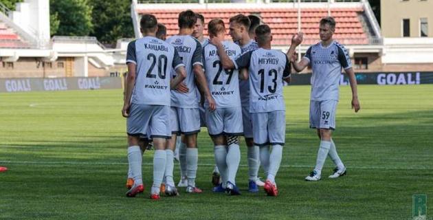 Казахстанский футболист помог своему клубу разгромить соперника с разницей в семь голов