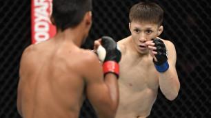 """""""Пришли люди в защитных костюмах"""". Как дебют Жумагулова в UFC едва не сорвался из-за коронавируса"""