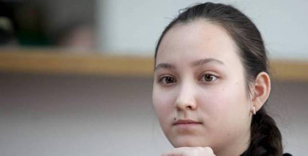 Абдумалик вышла в четвертьфинал Гран-при мирового турнира по шахматам и попала на четырехкратную чемпионку мира