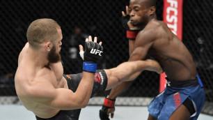 Уроженец Казахстана оказался на костылях после второй подряд победы в UFC