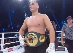 За нокаутом? Казахстанский супертяж с 12 досрочными победами узнал следующего соперника