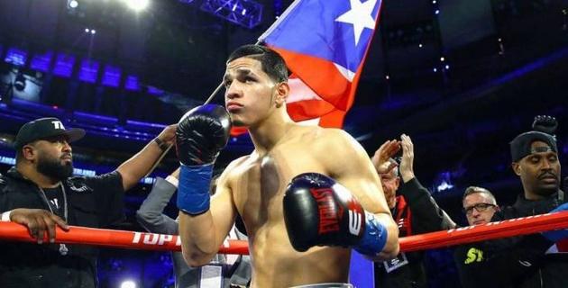 Американский боксер одержал 14-ю кряду победу в первом раунде
