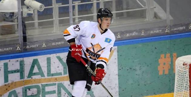 Хоккеист из чемпионата Казахстана перешел в клуб ВХЛ