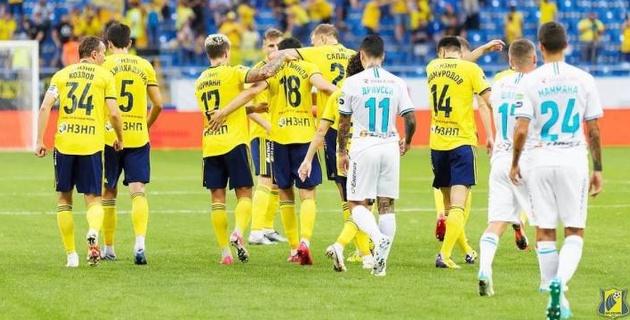 """""""Это вам за Исламхана"""". Как фанаты отреагировали на гол казахстанца Зайнутдинова в ворота """"Зенита"""""""
