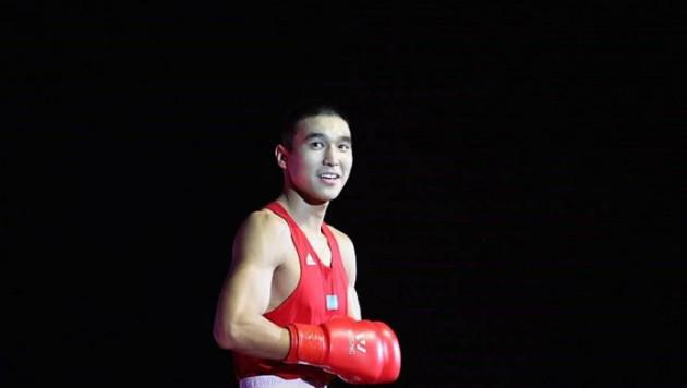 У чемпиона Азии по боксу из Казахстана сменился соперник по дебюту в профи