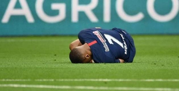 Самый дорогой футболист мира получил жуткую травму