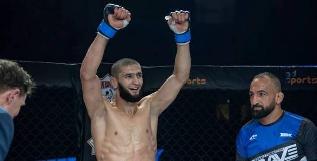 Уроженец Чечни одержал вторую победу за 10 дней в двух разных категориях и установил рекорд UFC