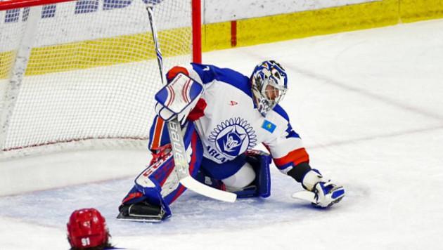 Экс-хоккеист сборной Казахстана перешел в новый клуб