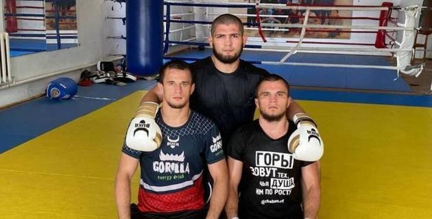 Хабиб Нурмагомедов обратился к брату перед его боем с бойцом из Казахстана