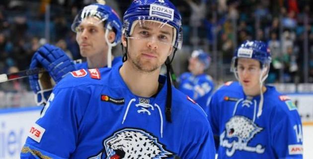"""Капитан из """"Торпедо"""". Игрок """"Барыса"""", который провалился с Назаровым, но заиграл в КХЛ со Скабелкой"""