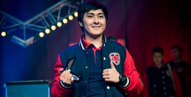 Казахстанец-победитель Major по CS:GO перешел в команду из топ-30 мирового рейтинга