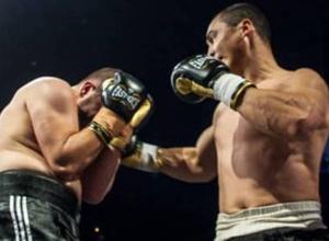 """""""Под впечатлением от нокаута"""". Казахстанский телеканал - о показе боя супертяжа с 12 досрочными победами"""