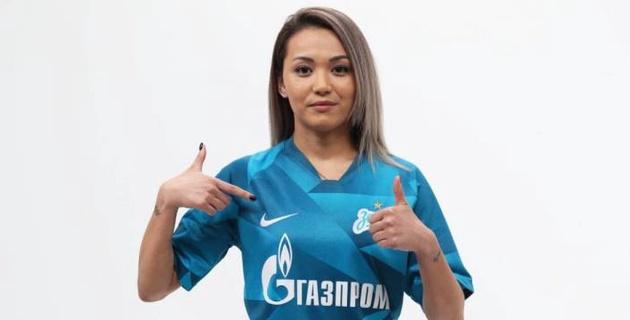 """Футболистка сборной Казахстана из """"Зенита"""" получила травму"""