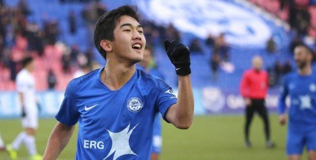 Футболист молодежной сборной Казахстана подпишет контракт с российским клубом